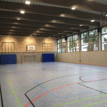 Komplettsanierung Turnhalle in Spelle. Ingenieurbüro Krüssel verantwortlich für Planung und Bauleitung im Gewerk der Elektrotechnik.